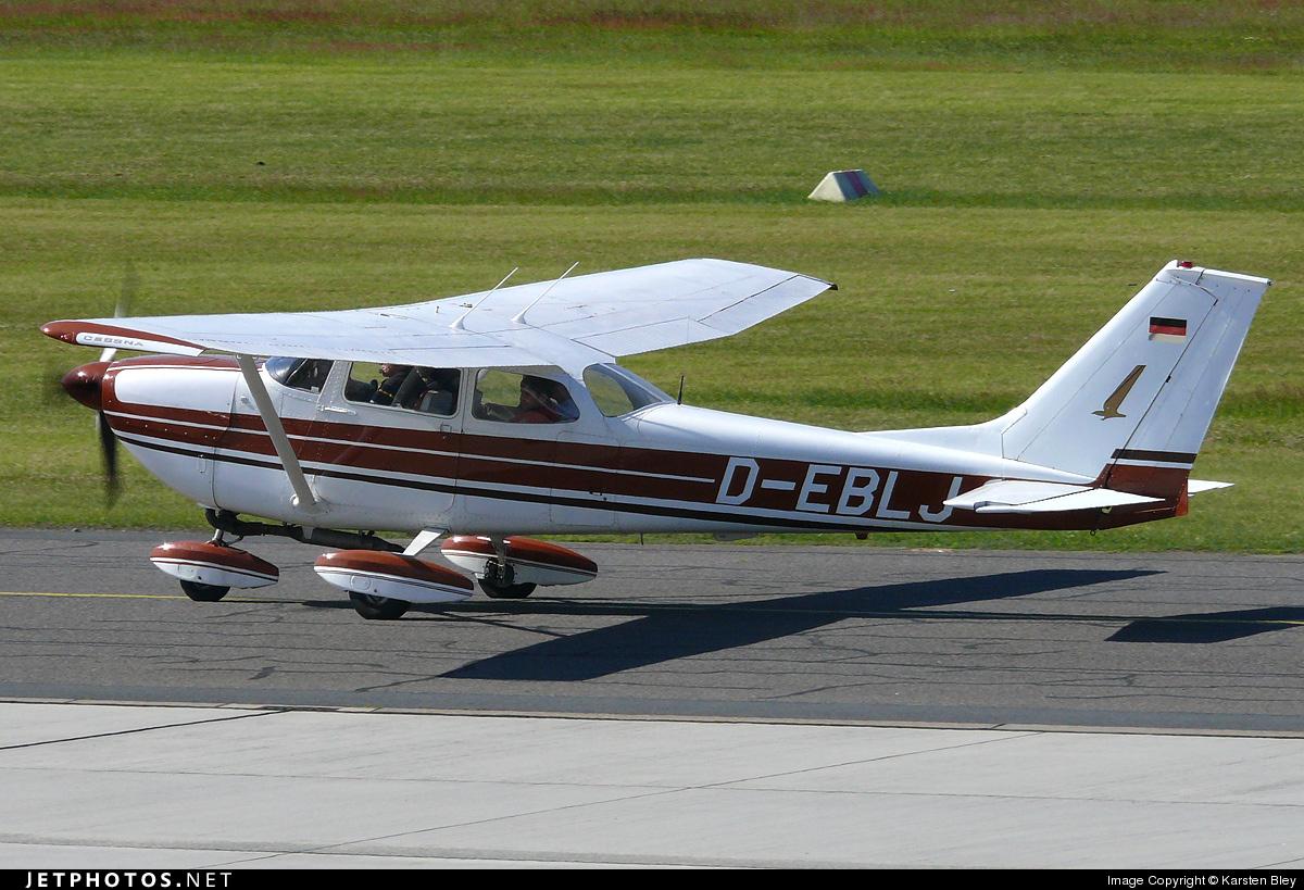 D-EBLJ - Cessna 172K Skyhawk - Private