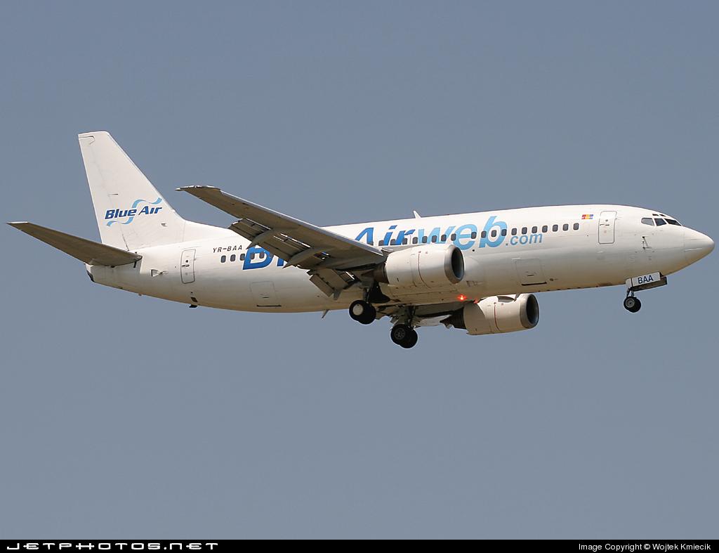 YR-BAA - Boeing 737-33A - Blue Air Transport Aerian
