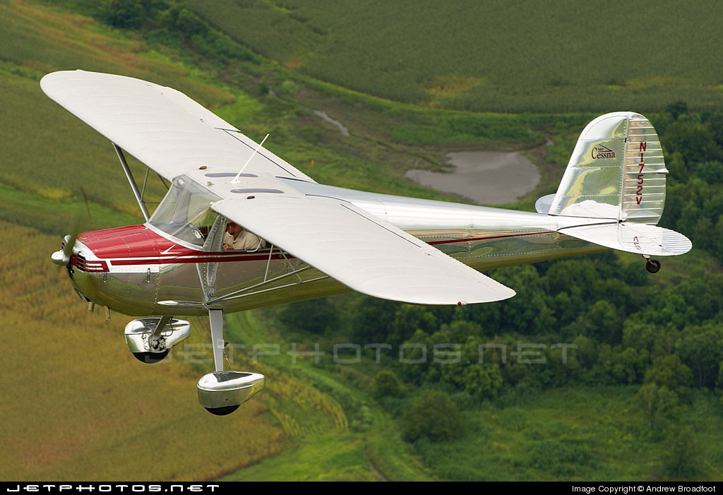 N1752V - Cessna 140 - Private