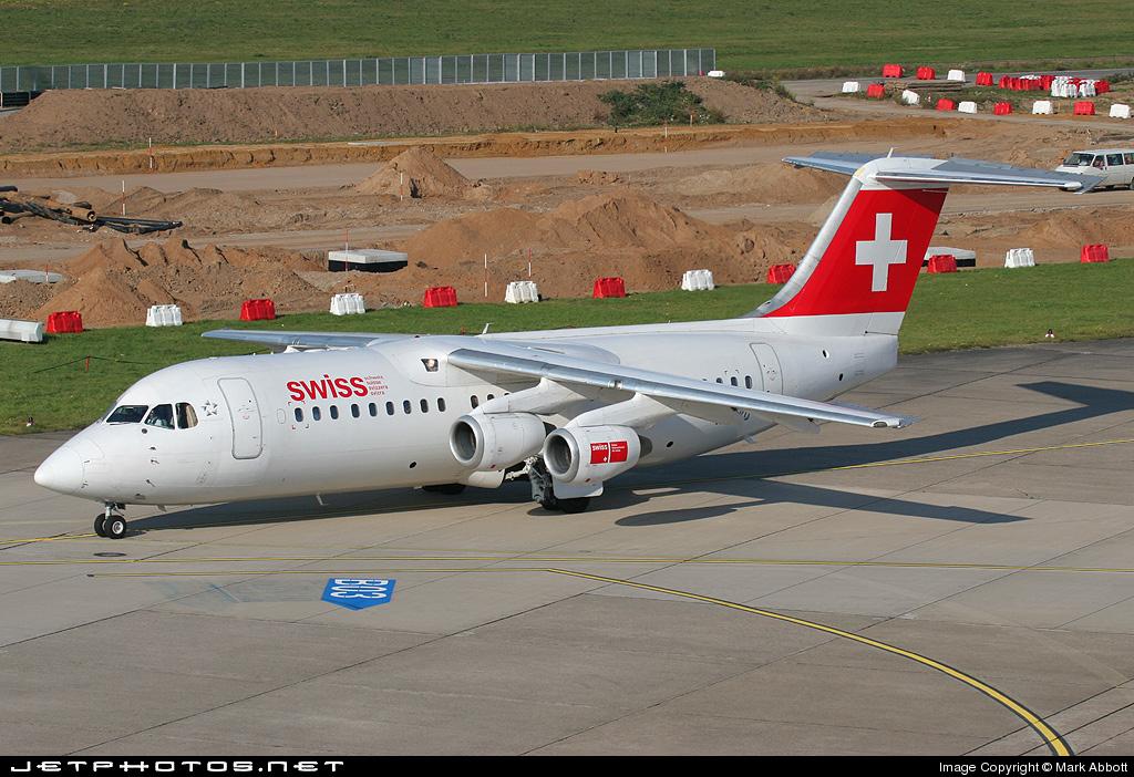 HB-IXQ - British Aerospace Avro RJ100 - Swiss