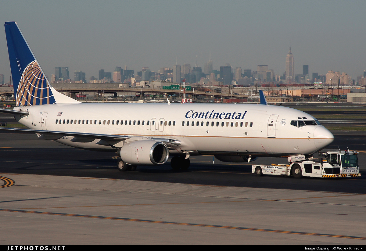 N73275 - Boeing 737-824 - Continental Airlines