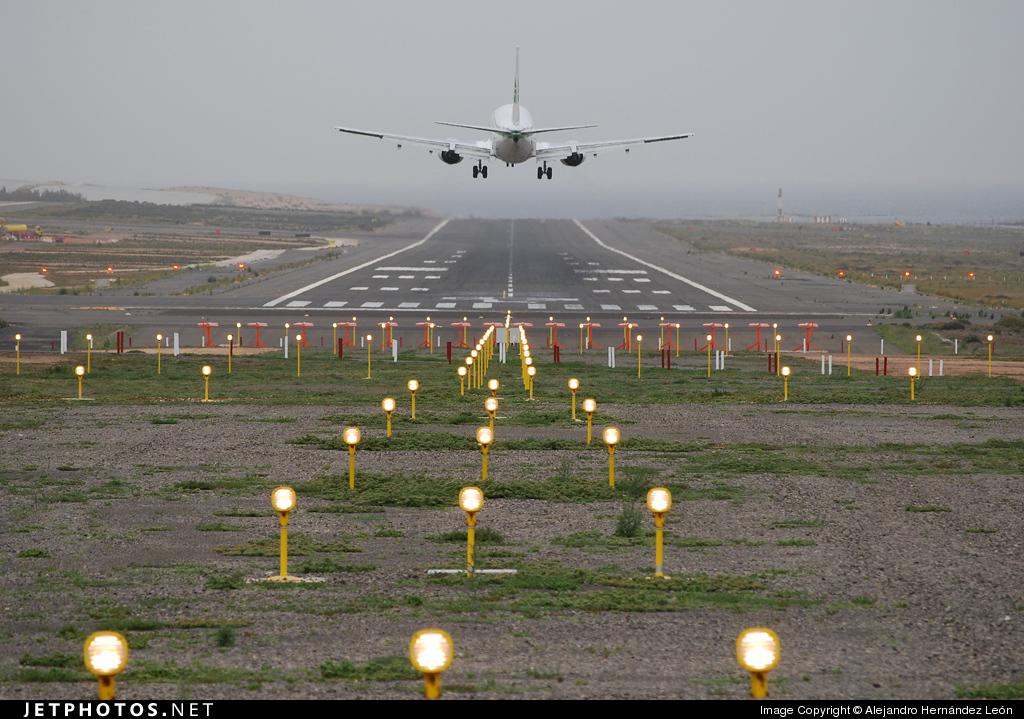 GCLP - Airport - Runway