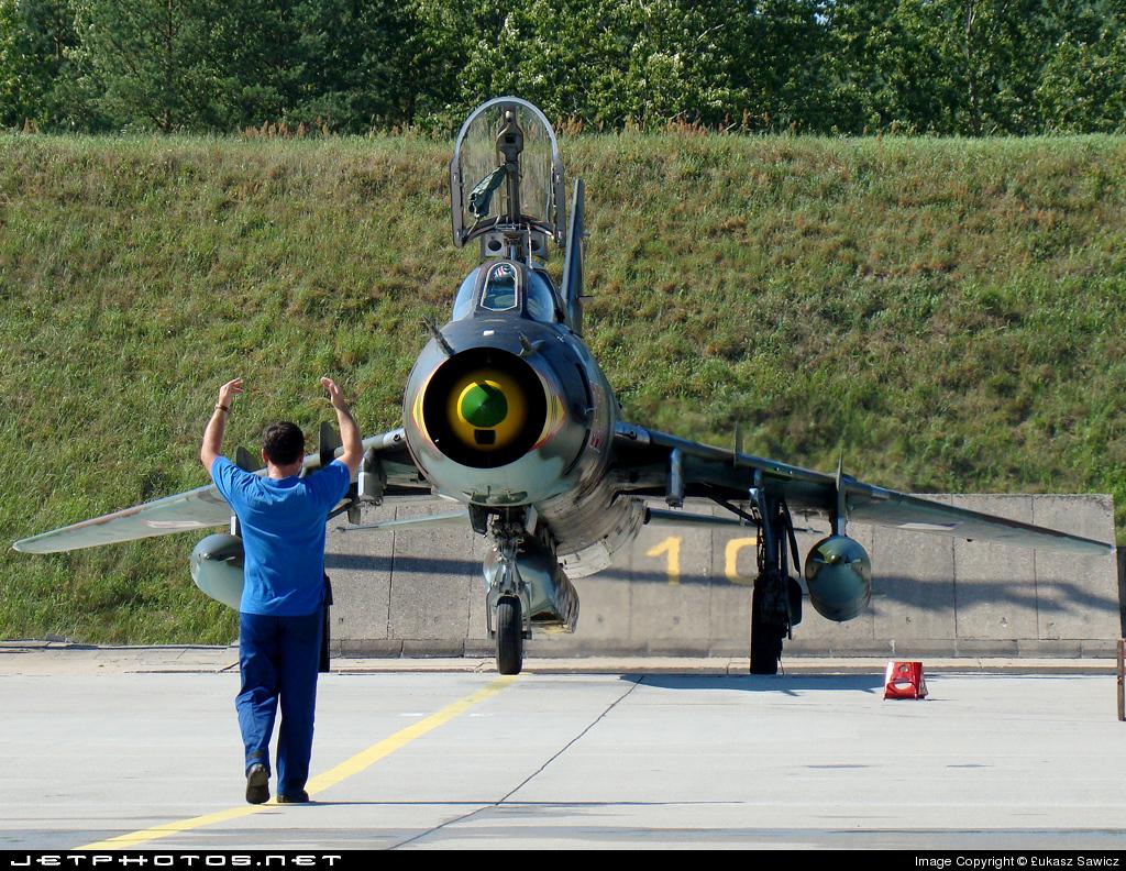8310 - Sukhoi Su-22M4 Fitter K - Poland - Air Force