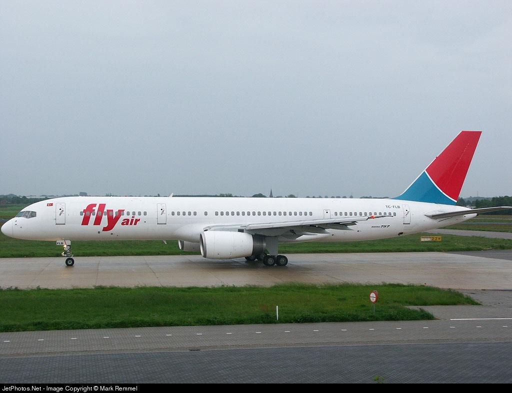 TC-FLB   Boeing 757-236   Fly Air   Mark Remmel   JetPhotos