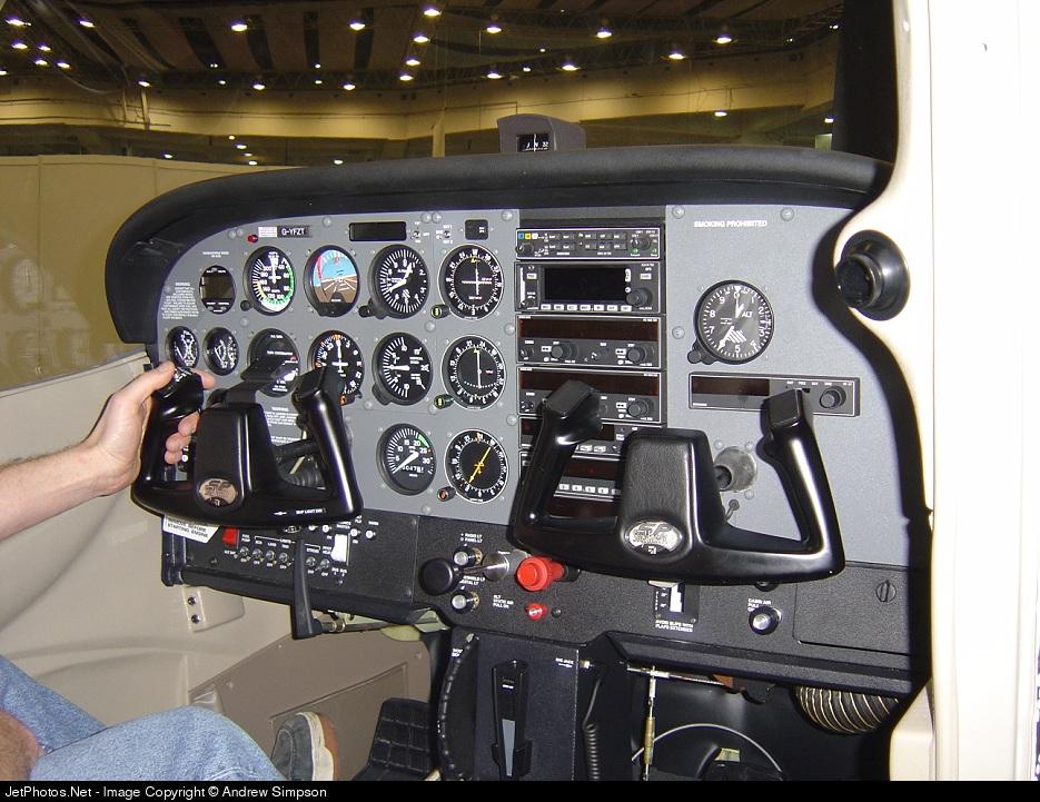 G-YFZT - Cessna 172S Skyhawk SP - AB Integro Aviation