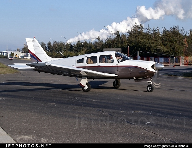 SP-KMT - Piper PA-28R-201 Arrow - Private