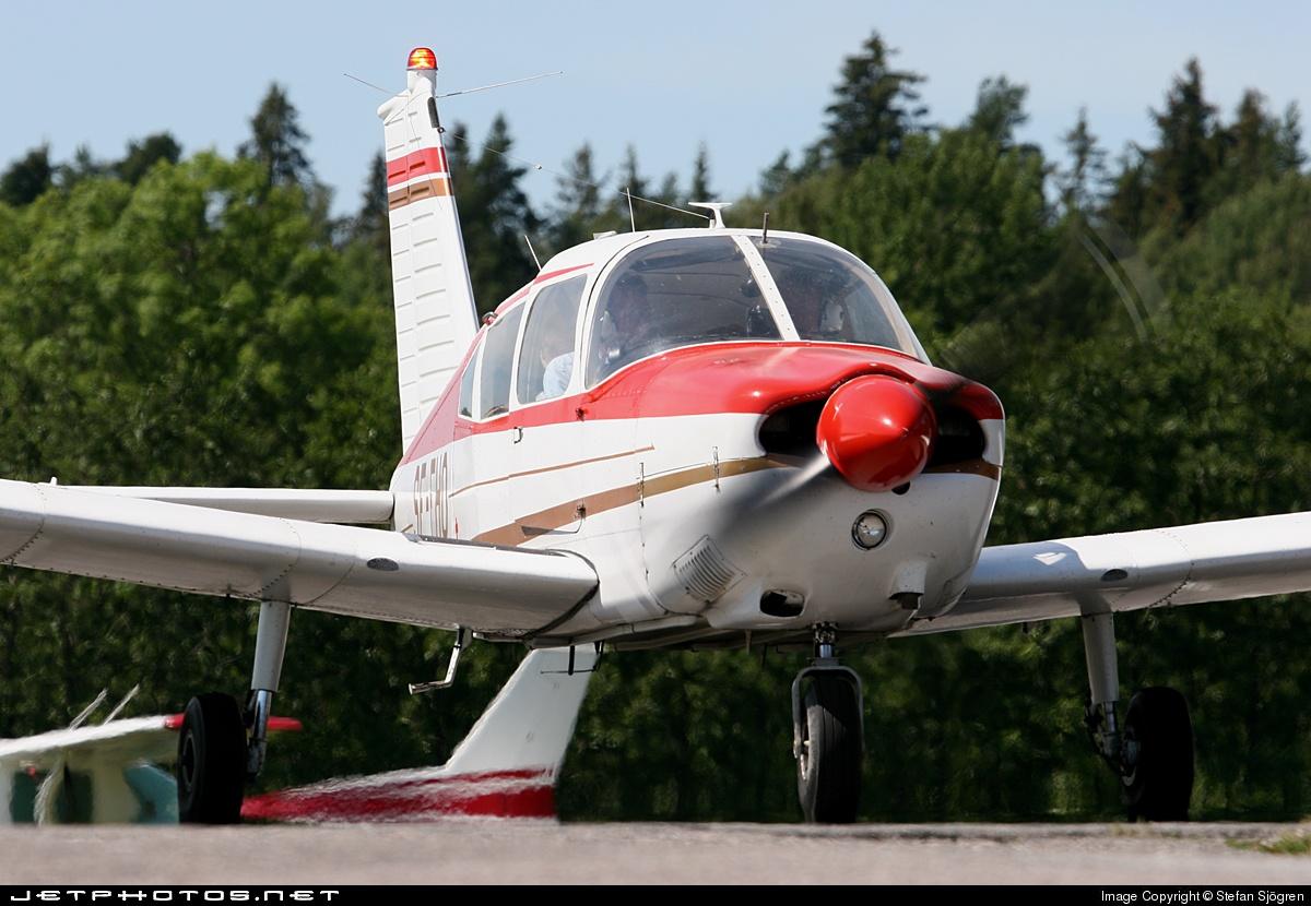 SE-FHO - Piper PA-28-180 Cherokee E - Private