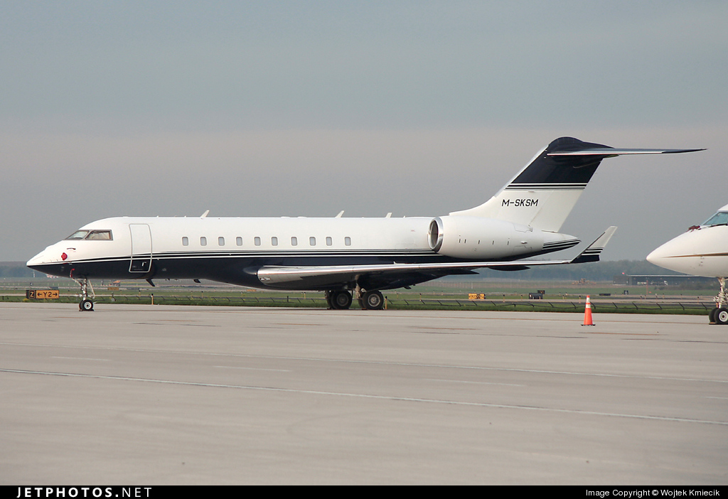 M-SKSM - Bombardier BD-700-1A11 Global 5000 - Private