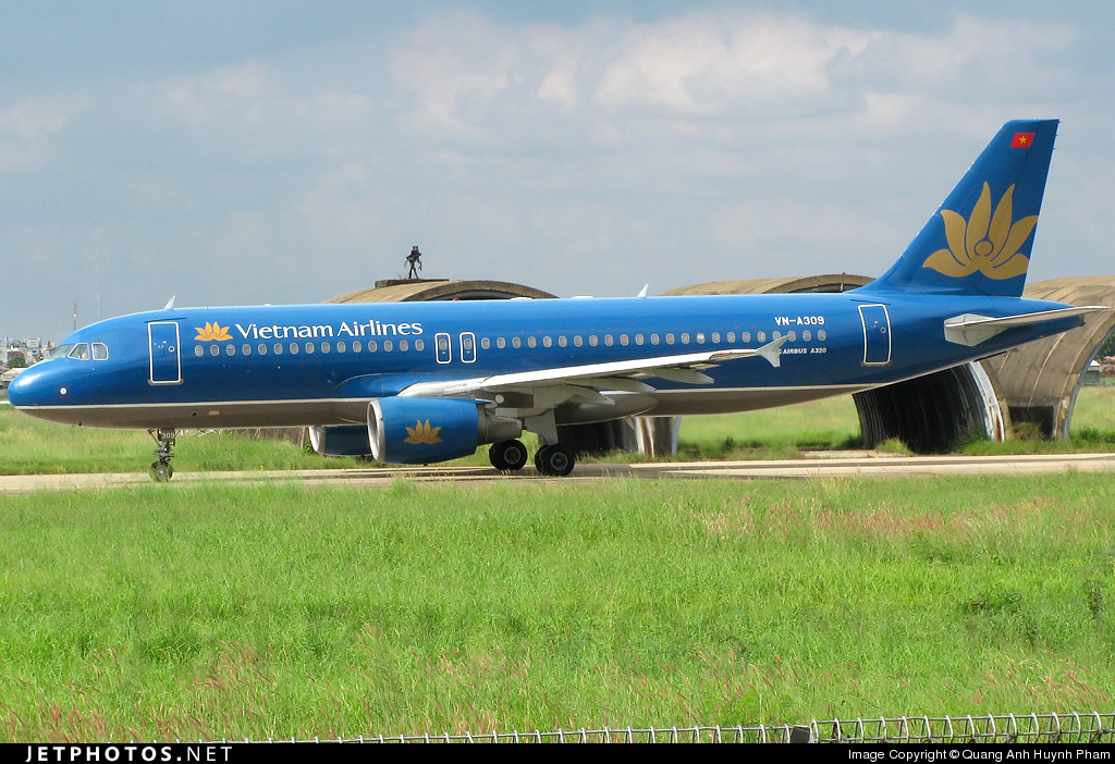 Vn A309 Airbus A320 214 Vietnam Airlines Quang Anh Huynh Pham Jetphotos