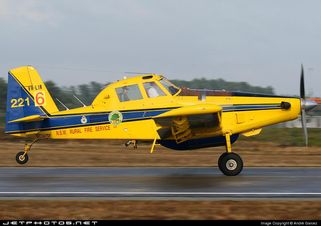 VH-LIR - Air Tractor AT-802 - Pay's Air Service