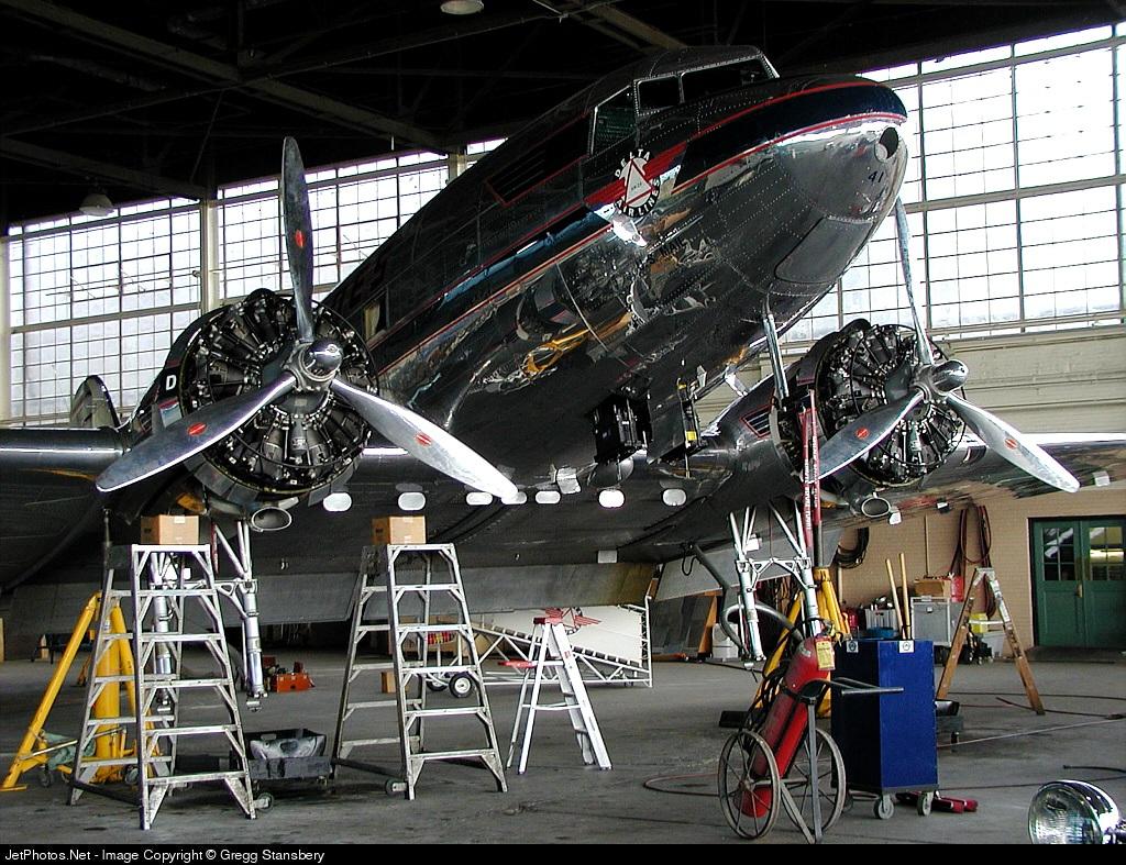 NC28341 - Douglas DC-3 - Delta Air Lines