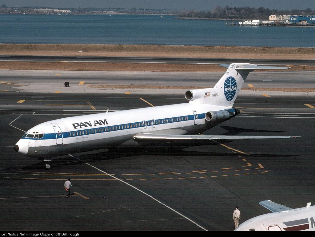 N4752 - Boeing 727-235 - Pan Am