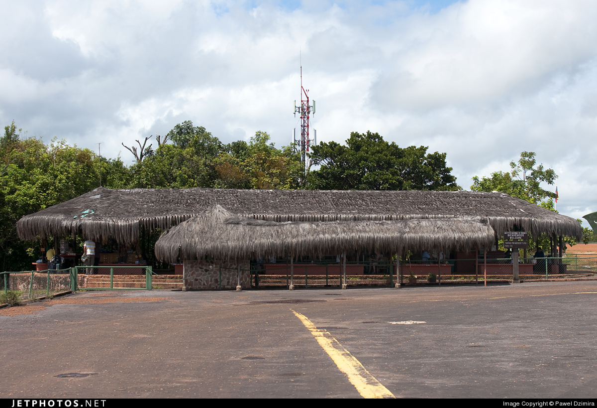 SVCN - Airport - Terminal