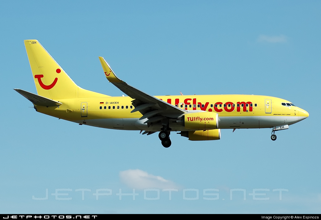 D-AHXH - Boeing 737-7K5 - TUIfly