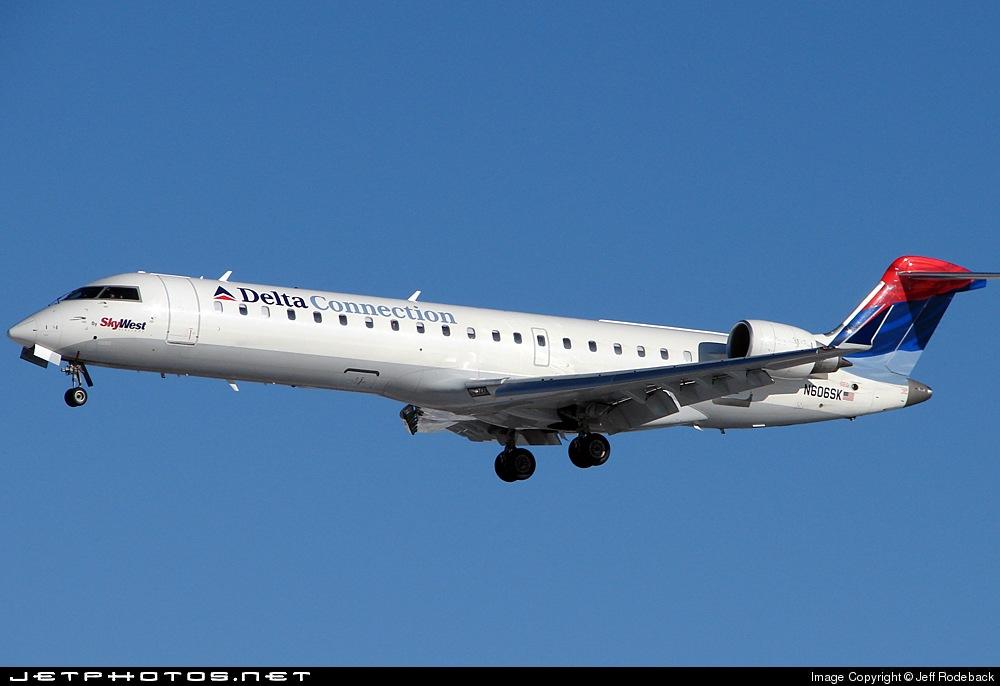 N606SK - Bombardier CRJ-701ER - Delta Connection (SkyWest Airlines)