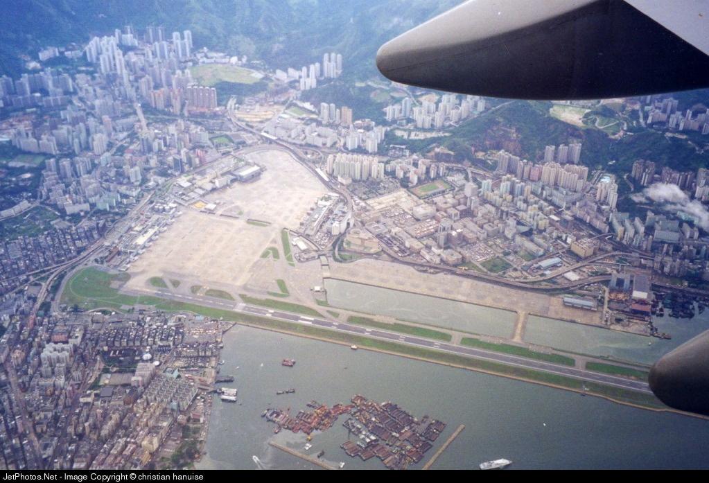 B-HUE - Boeing 747-467 - Cathay Pacific Airways