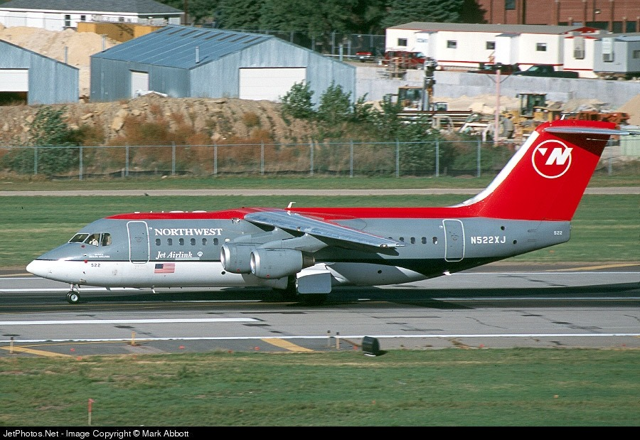 N522XJ - British Aerospace Avro RJ85 - Northwest Airlink (Mesaba Airlines)