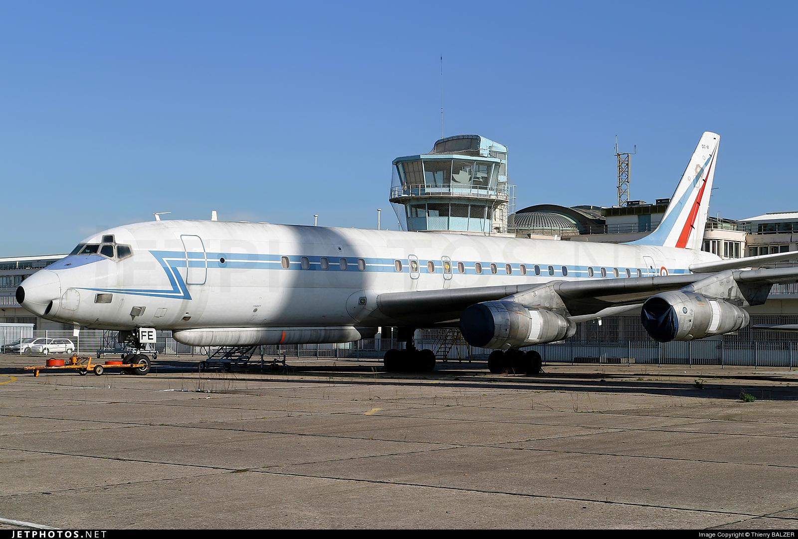 45570 - Douglas DC-8-53 - France - Air Force