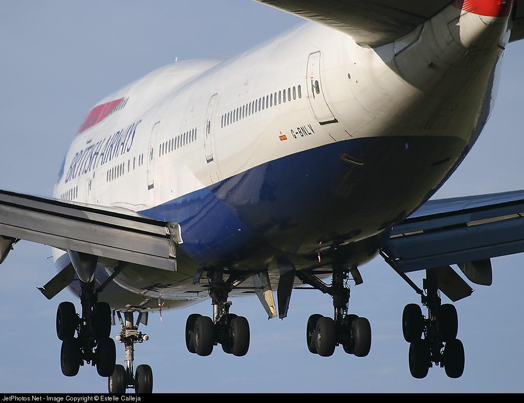 G-BNLV - Boeing 747-436 - British Airways