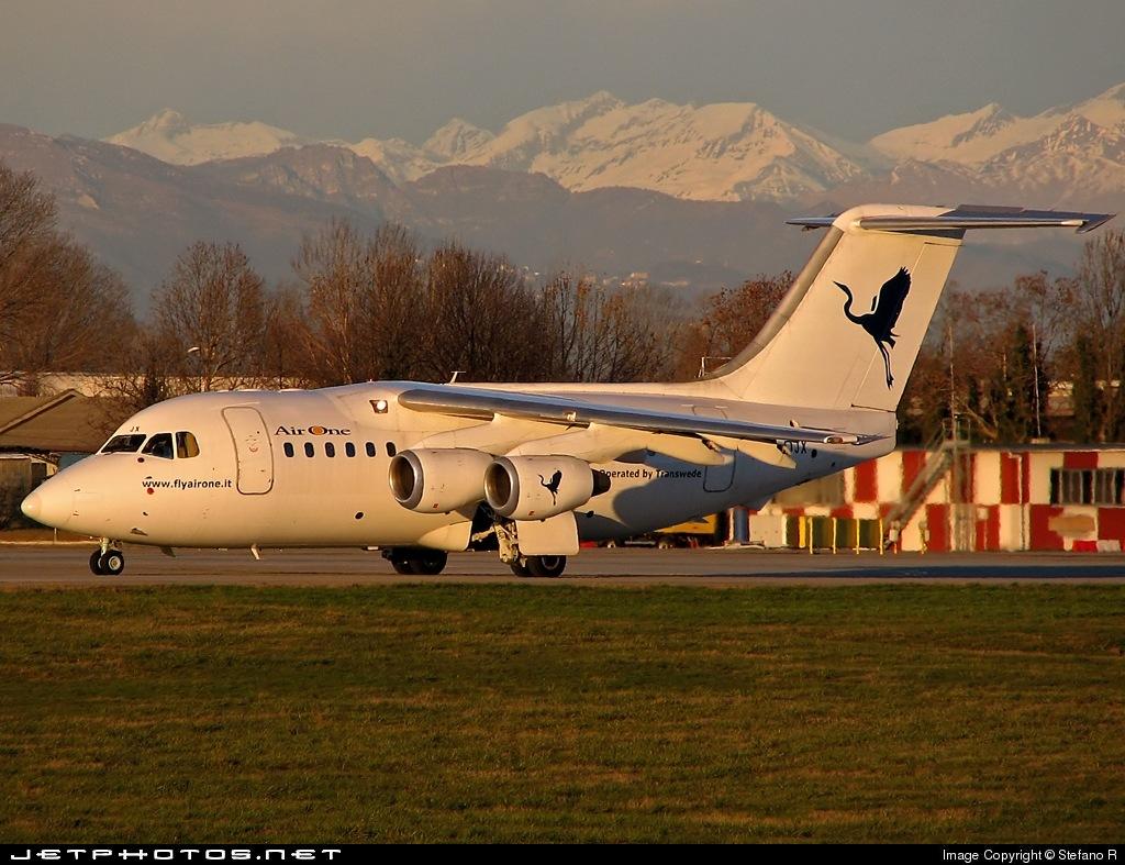 SE-DJX - British Aerospace Avro RJ70 - Air One (Transwede)