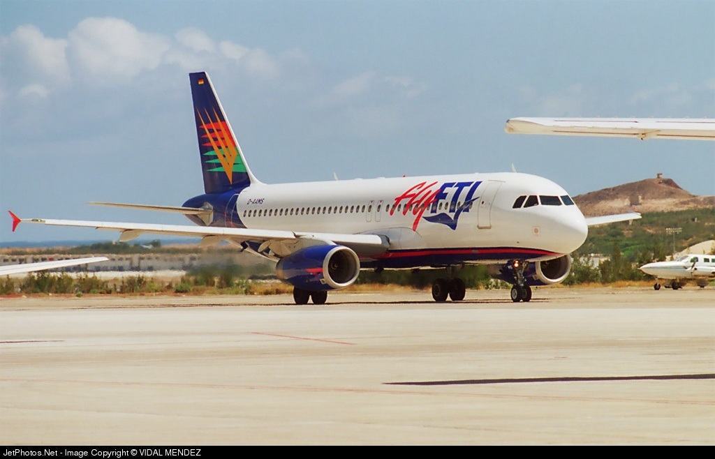 D-AAMS - Airbus A320-231 - flyFTI