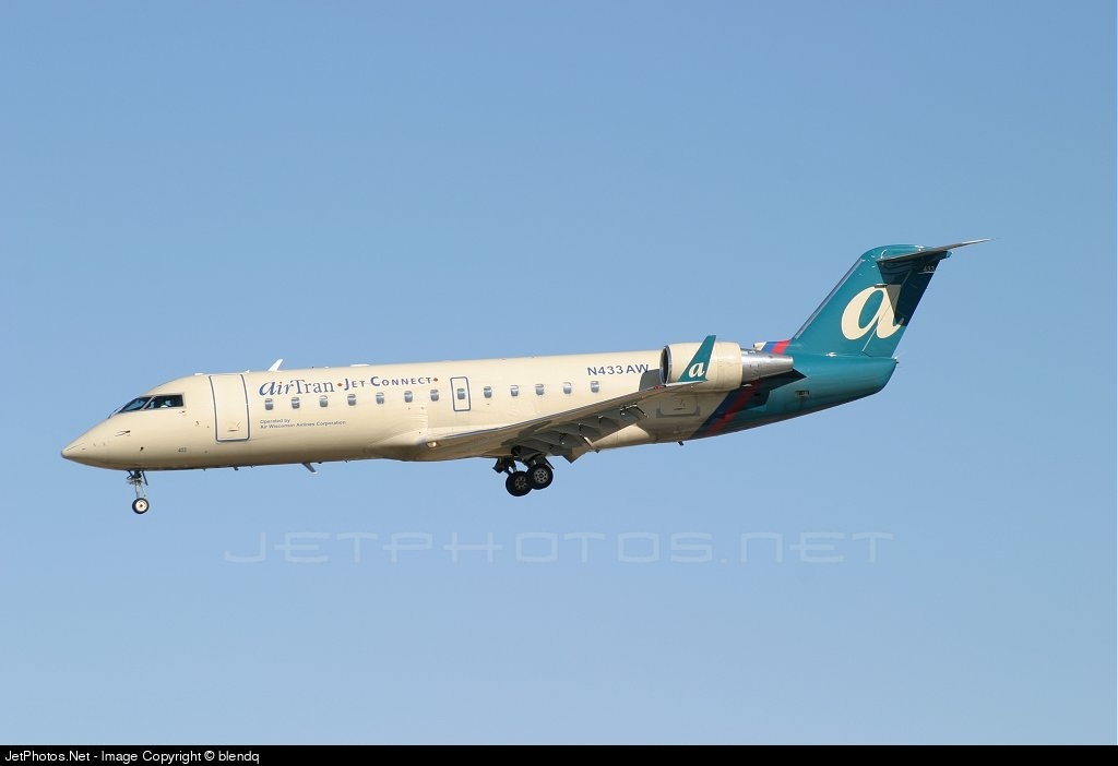 N433AW - Bombardier CRJ-200LR - airTran Jet Connect (Air Wisconsin)