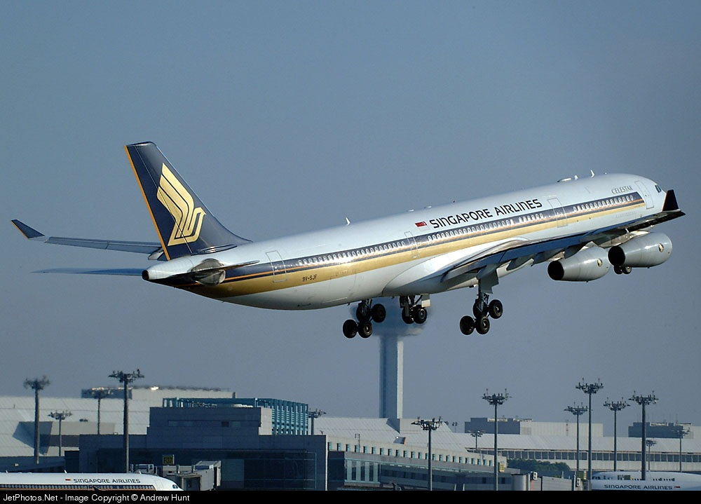 9V-SJF - Airbus A340-313X - Singapore Airlines