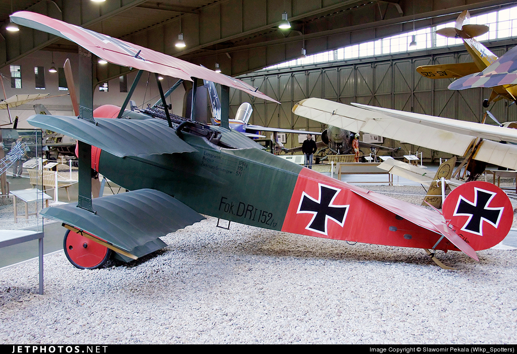 152 - Fokker DR.1 - Germany - Air Force