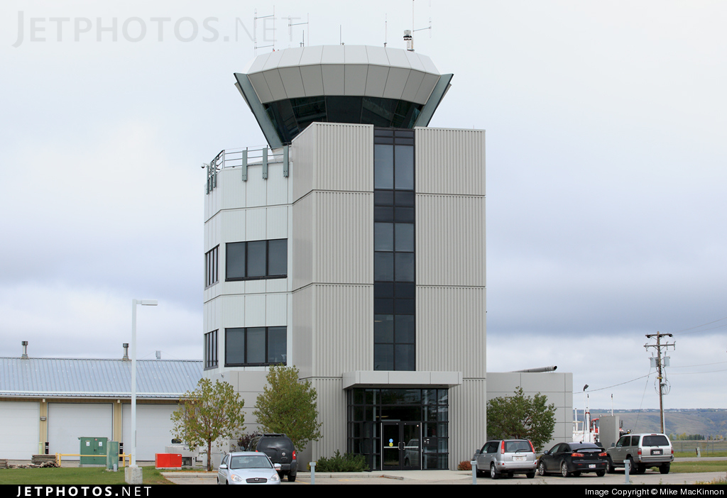 CYBW - Airport - Control Tower
