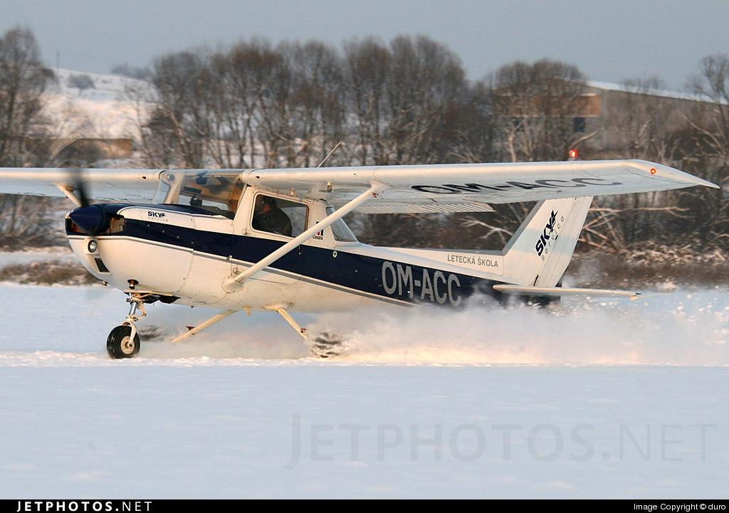 OM-ACC - Cessna 150M - Sky Service