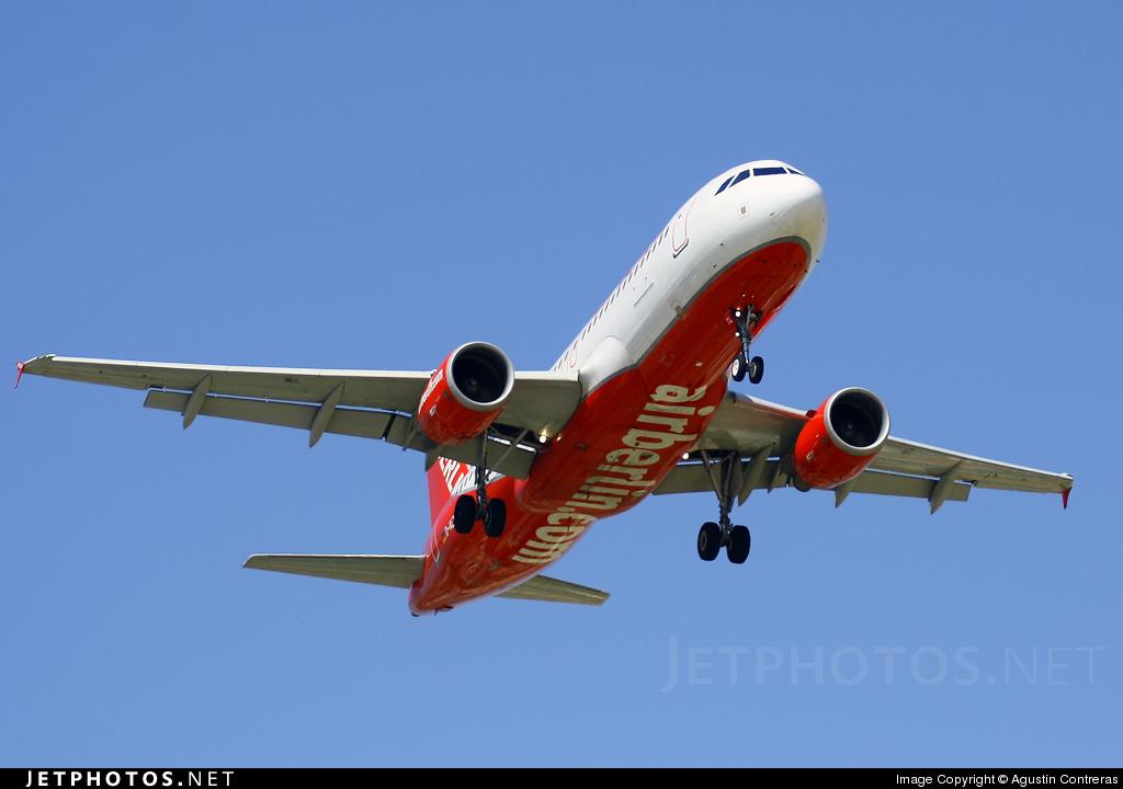 D-ALTL - Airbus A320-214 - Air Berlin (LTU)