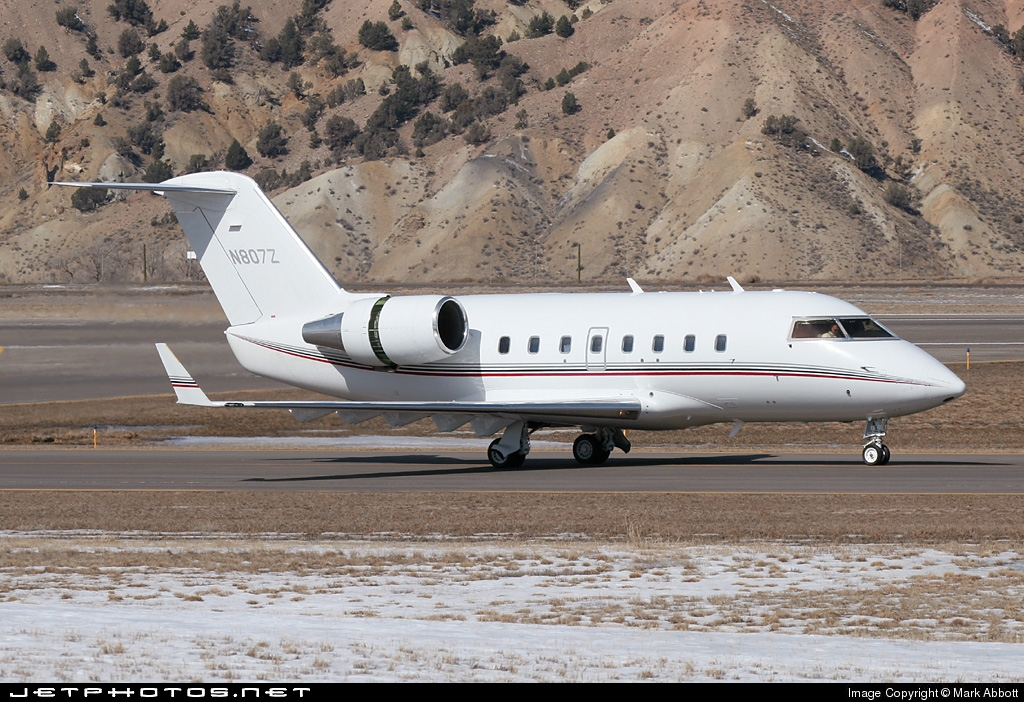 N807Z - Bombardier CL-600-2B16 Challenger 604 - Private