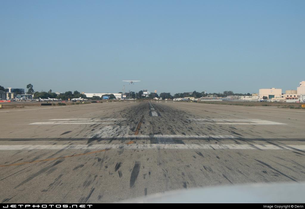 KLGB - Airport - Runway