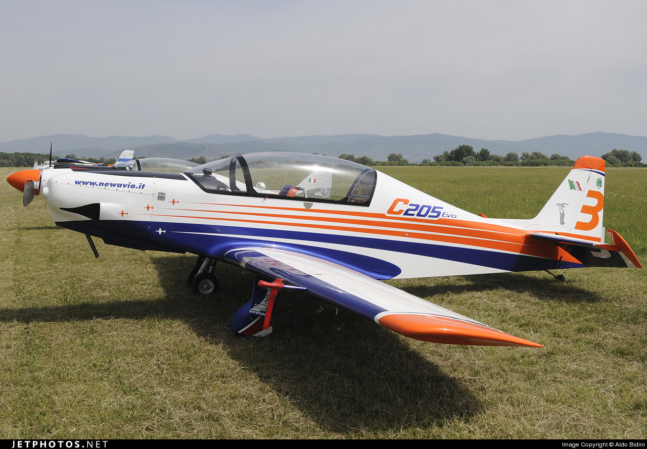 3 - New Avio C-205 - Private