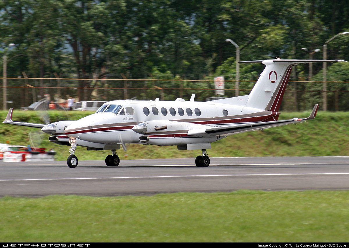 N675BC - Beechcraft B300 King Air 350 - Private