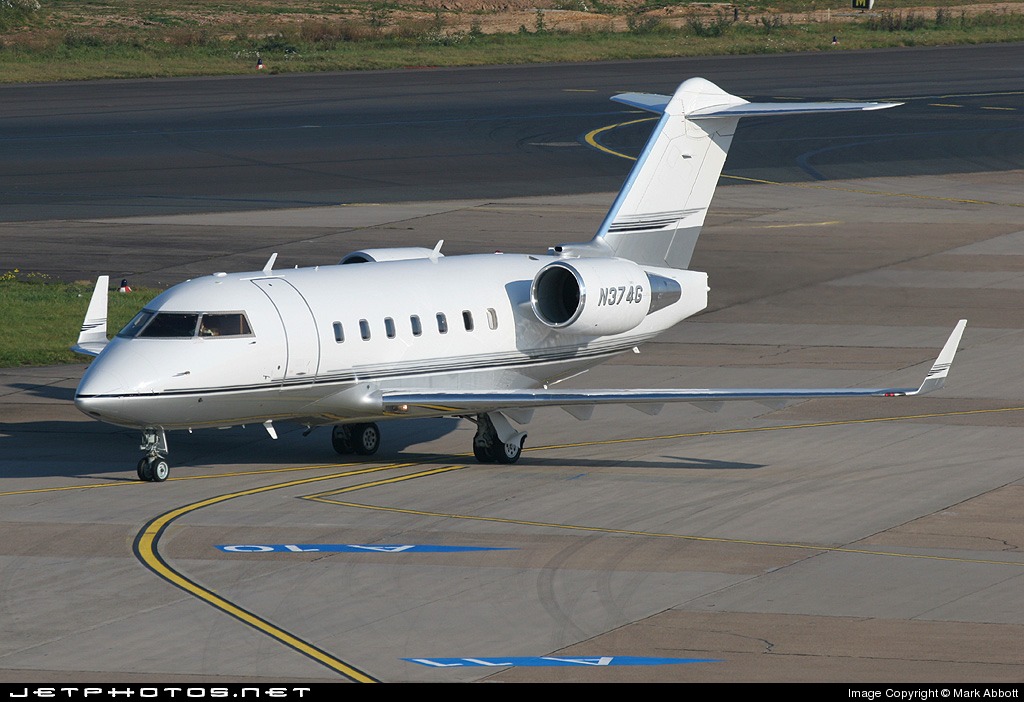 N374G - Bombardier CL-600-2B16 Challenger 604 - Private