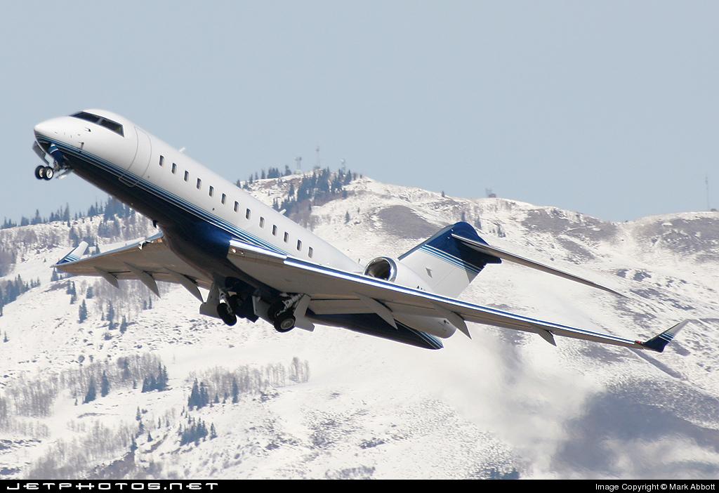 N8VB - Bombardier BD-700-1A10 Global Express - Private