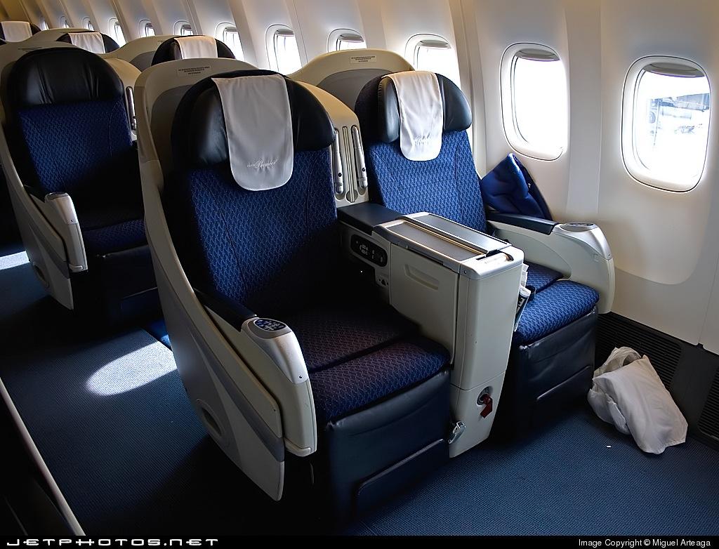 N745am boeing 777 2q8 er aerom xico miguel arteaga for Interior 787 aeromexico