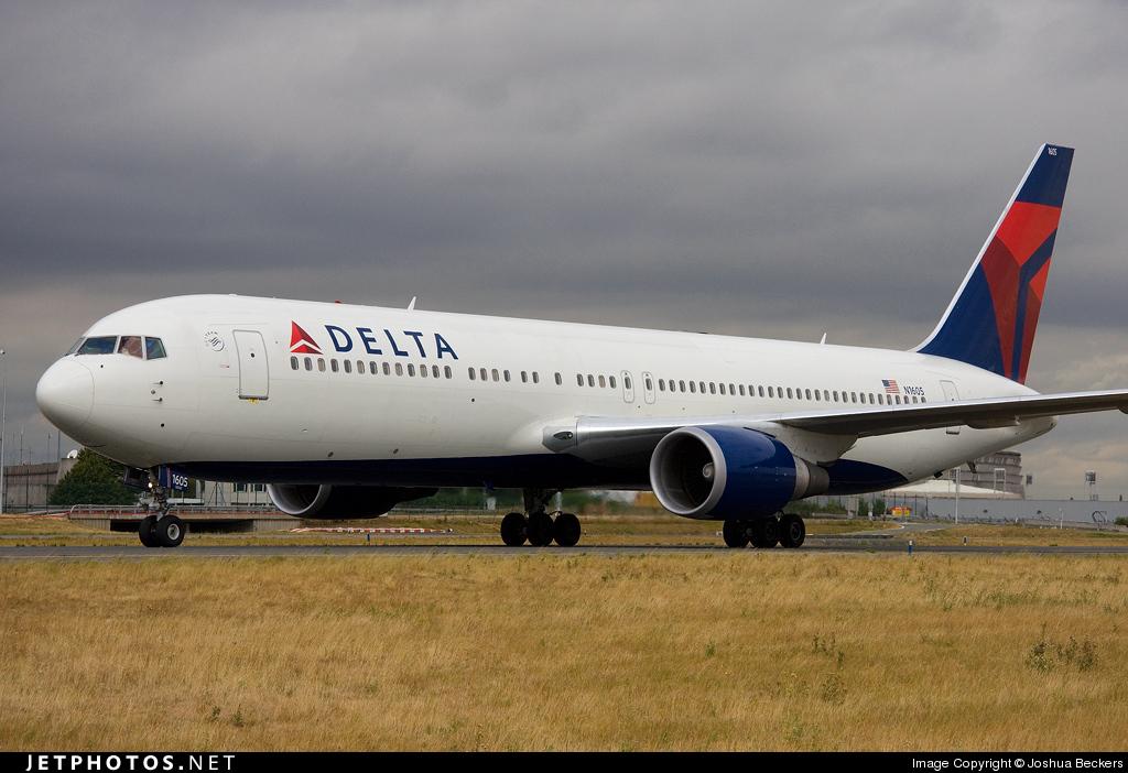 N1605 - Boeing 767-332(ER) - Delta Air Lines