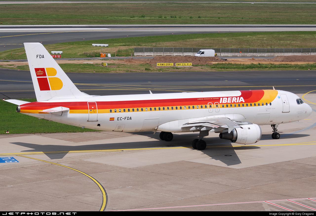 EC-FDA - Airbus A320-211 - Iberia