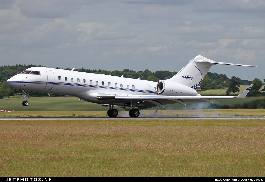 N451CS - Bombardier BD-700-1A10 Global Express - Private