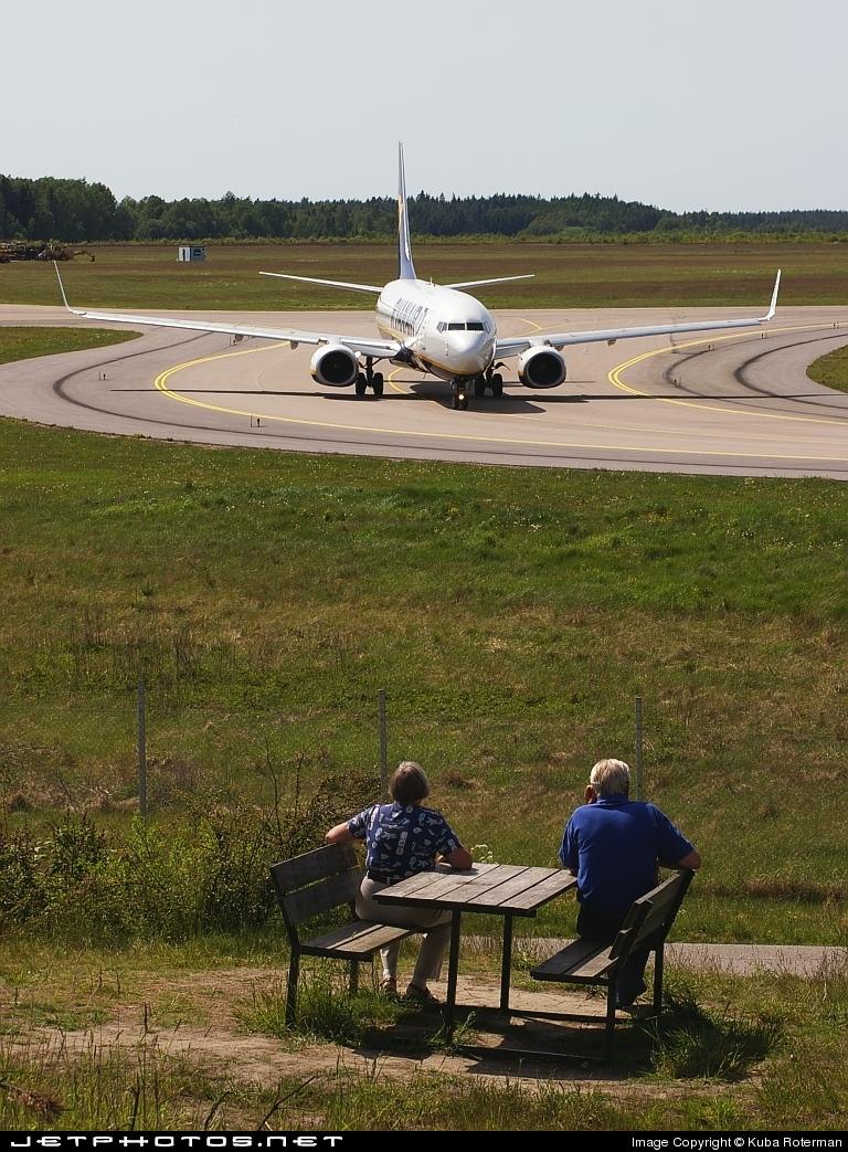 ESKN - Airport - Spotting Location