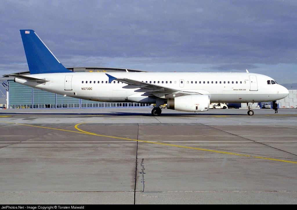 N573DC - Airbus A320-232 - DCA - DaimlerChrysler Aviation
