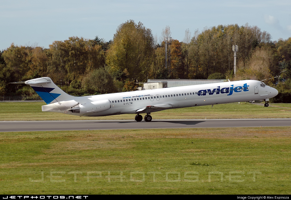 G-FLTM - McDonnell Douglas MD-83 - AviaJet (Flightline)