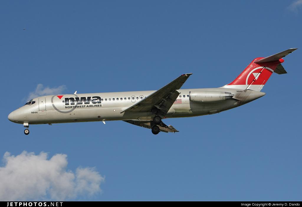 N1309T - McDonnell Douglas DC-9-31 - Northwest Airlines