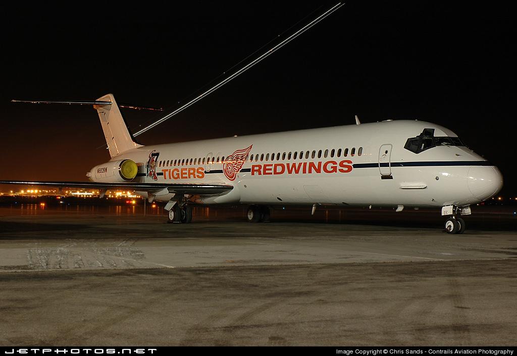 N682RW - McDonnell Douglas DC-9-51 - Olympia Aviation