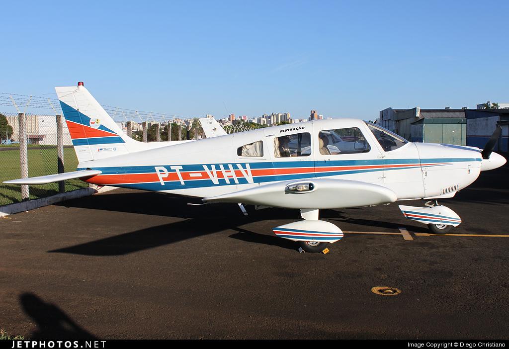 PT-VHV - Embraer EMB-712 Tupi - Private