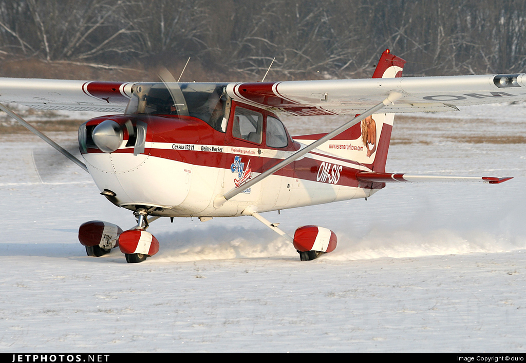 OM-SIS - Cessna 172H Skyhawk - Sky Service