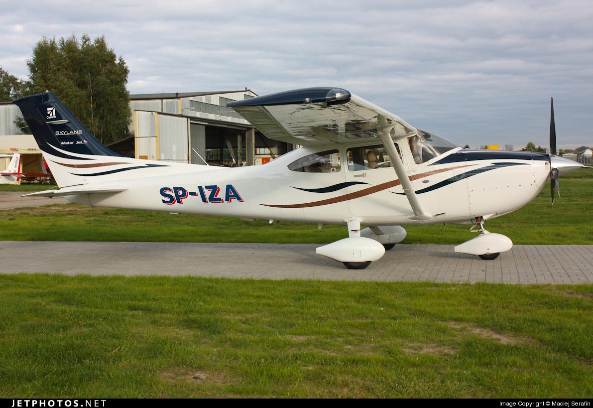 SP-IZA - Cessna 182T Skylane - Private