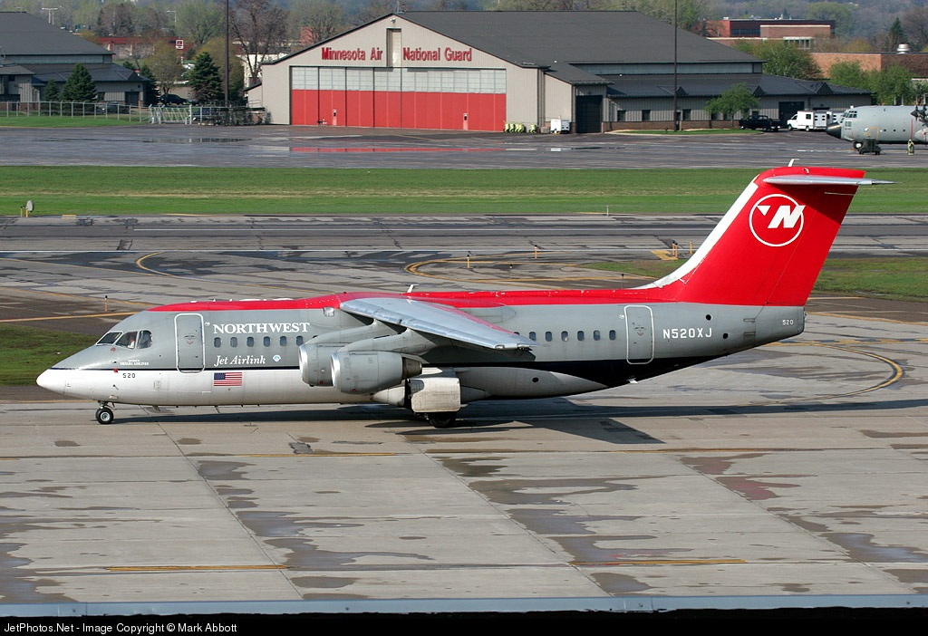 N520XJ - British Aerospace Avro RJ85 - Northwest Airlink (Mesaba Airlines)
